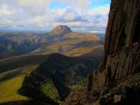 800px_cradle_mountain_seen_from_barn_bluff